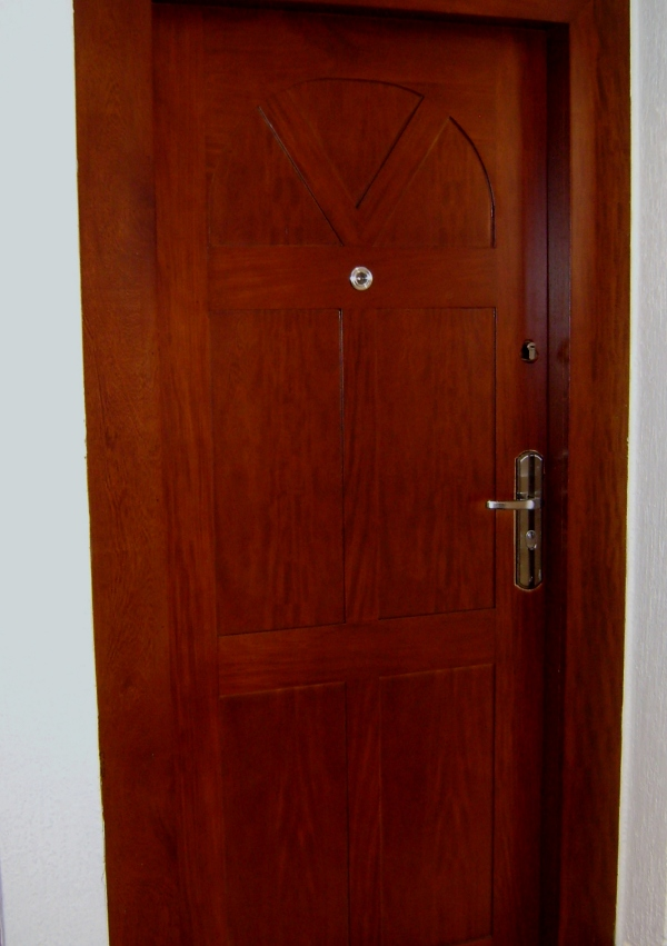 Puertas carpinter a talentos - Puertas de madera para casa ...